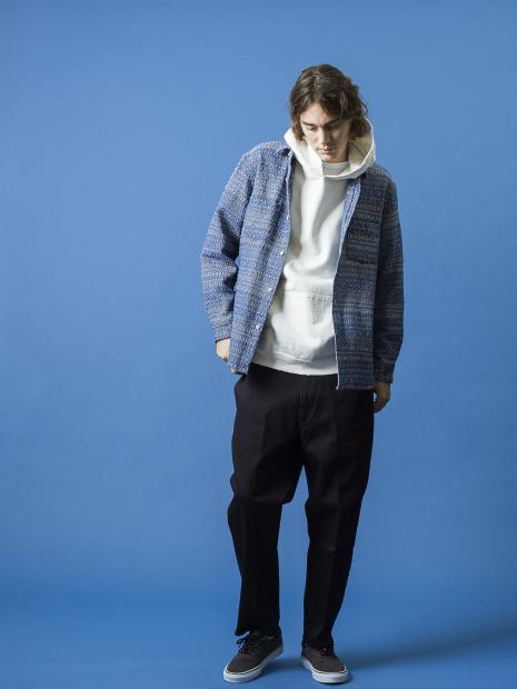 7_4 shirt¥29,000  hoodie¥19,000  tee¥7,000  pants¥20,000  shoes¥9,000