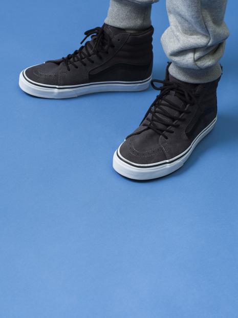 13_4 pants¥65,000  shoes¥12,000