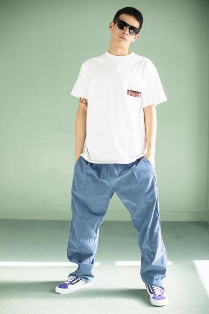 18_1 Tee¥10,000 Pants¥35,000 Eyewear¥37,000 Shoes¥8,000