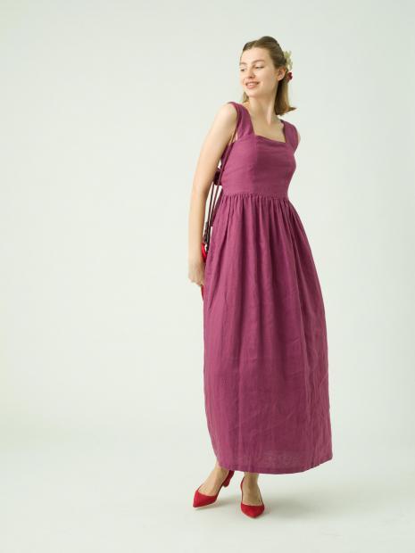 8_1 dress¥33,000  acc¥2,500  acc¥4,000  acc¥4,000  bag¥6,000  shoes¥30,000