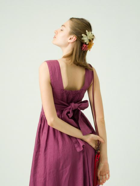 8_2 dress¥33,000  acc¥2,500  acc¥4,000  acc¥4,000