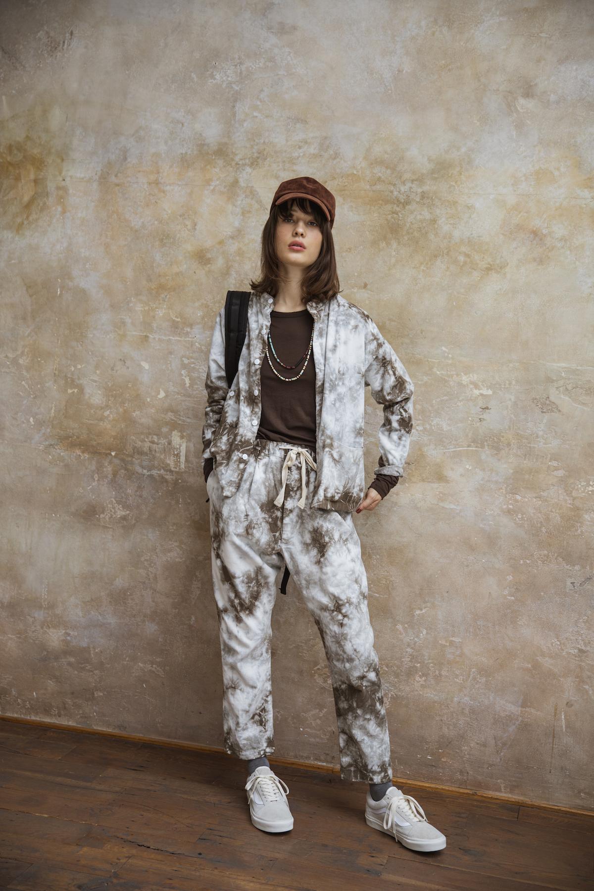 6_1 shirt¥36,000 tops¥11,000 pants¥36,000 cap¥8,300 bag¥22,500 necklace¥46,000 necklace¥46,000 socks¥2,000 shoes¥9,500