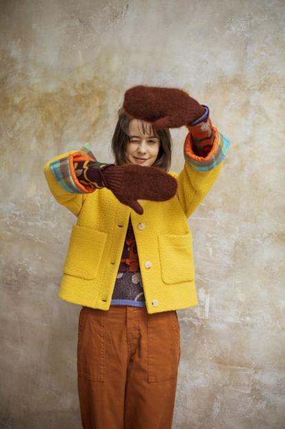 30_2 coat¥58,000 knit¥33,000 knit¥41,000 pants¥21,000 acc¥13,000
