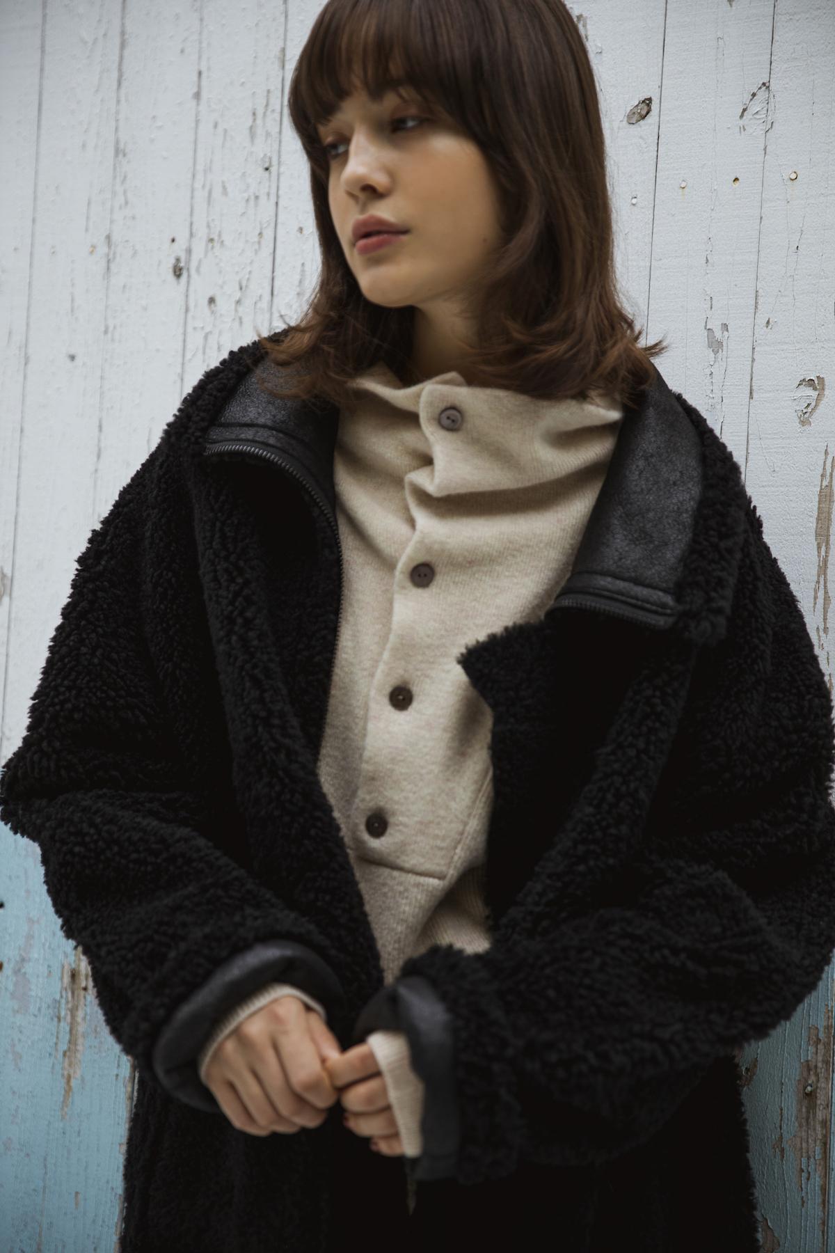 35_2 coat¥210,000 knit¥19,000