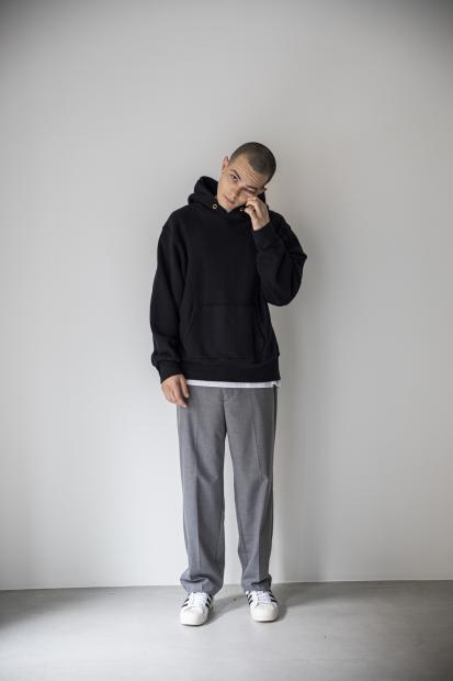 8_1 hoodie¥27,000  tee¥8,000  pants¥21,000  shoes¥14,000