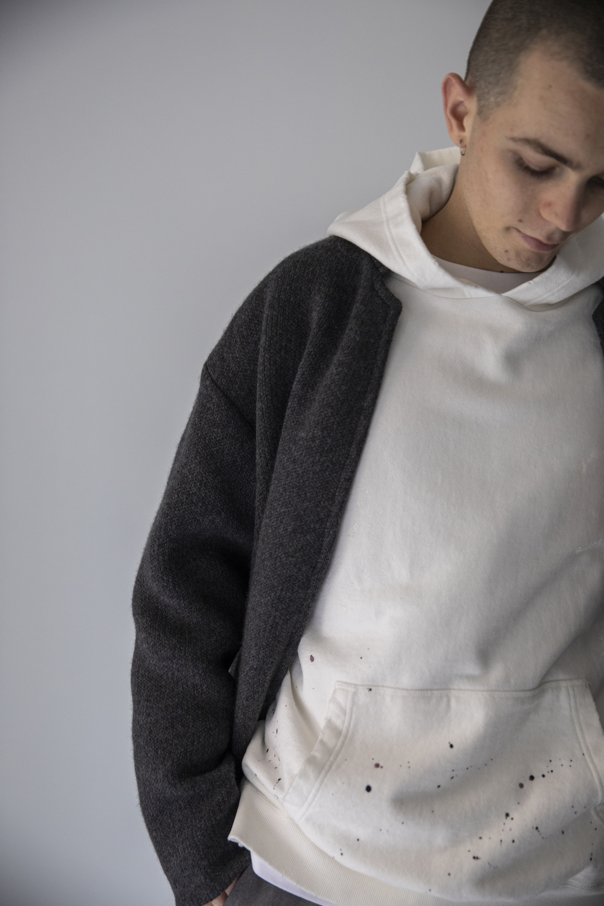 26 outer¥120,000  hoodie¥19,000