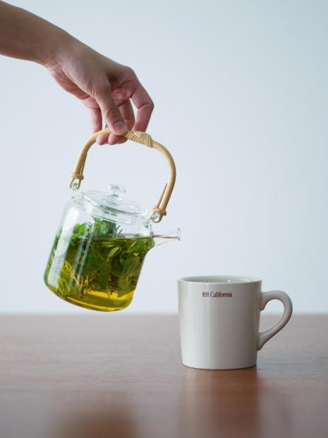 9 mug ¥1,500 glass teapot ¥22,000
