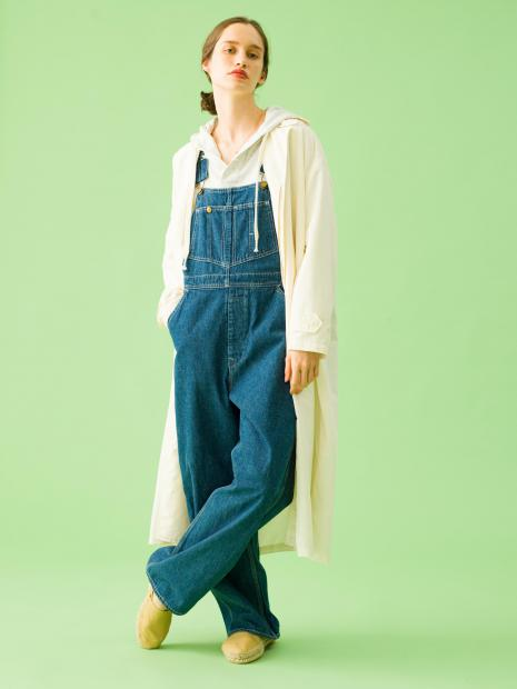 8_1 coat¥39,000 tops¥21,000 overall¥38,000 necklace¥33,000 necklace¥33,000 necklace¥23,000 shoes¥11,000