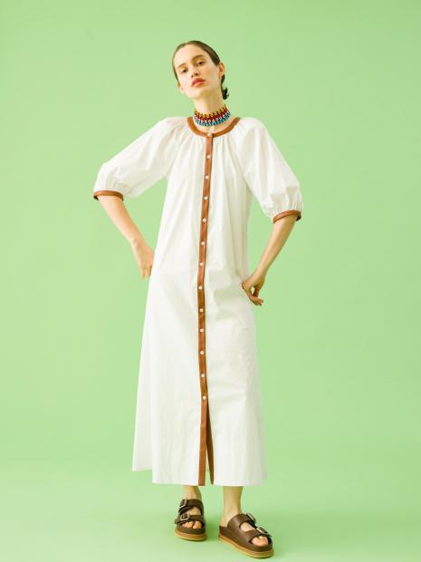 9_2 dress¥36,000 necklace¥7,000 shoes¥19,000