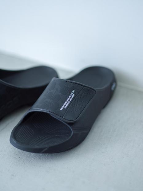 7) Sandal ¥12,100