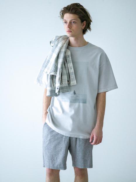 8) Shirts ¥28,600  Tee ¥11,000  Pants ¥14,300