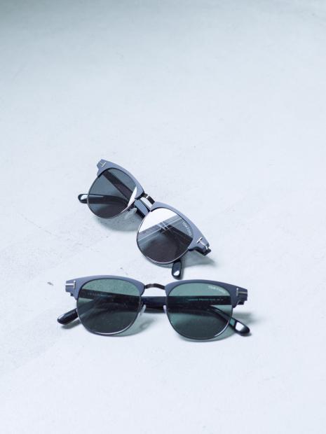 13) Sunglasses ¥71,500  Sunglasses ¥71,500