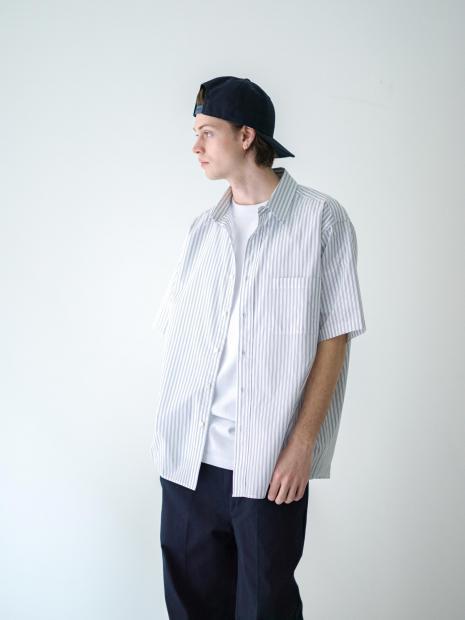 21) Cap ¥9,900  Shirts ¥25,300  Inner ¥8,800  Pants ¥22,000