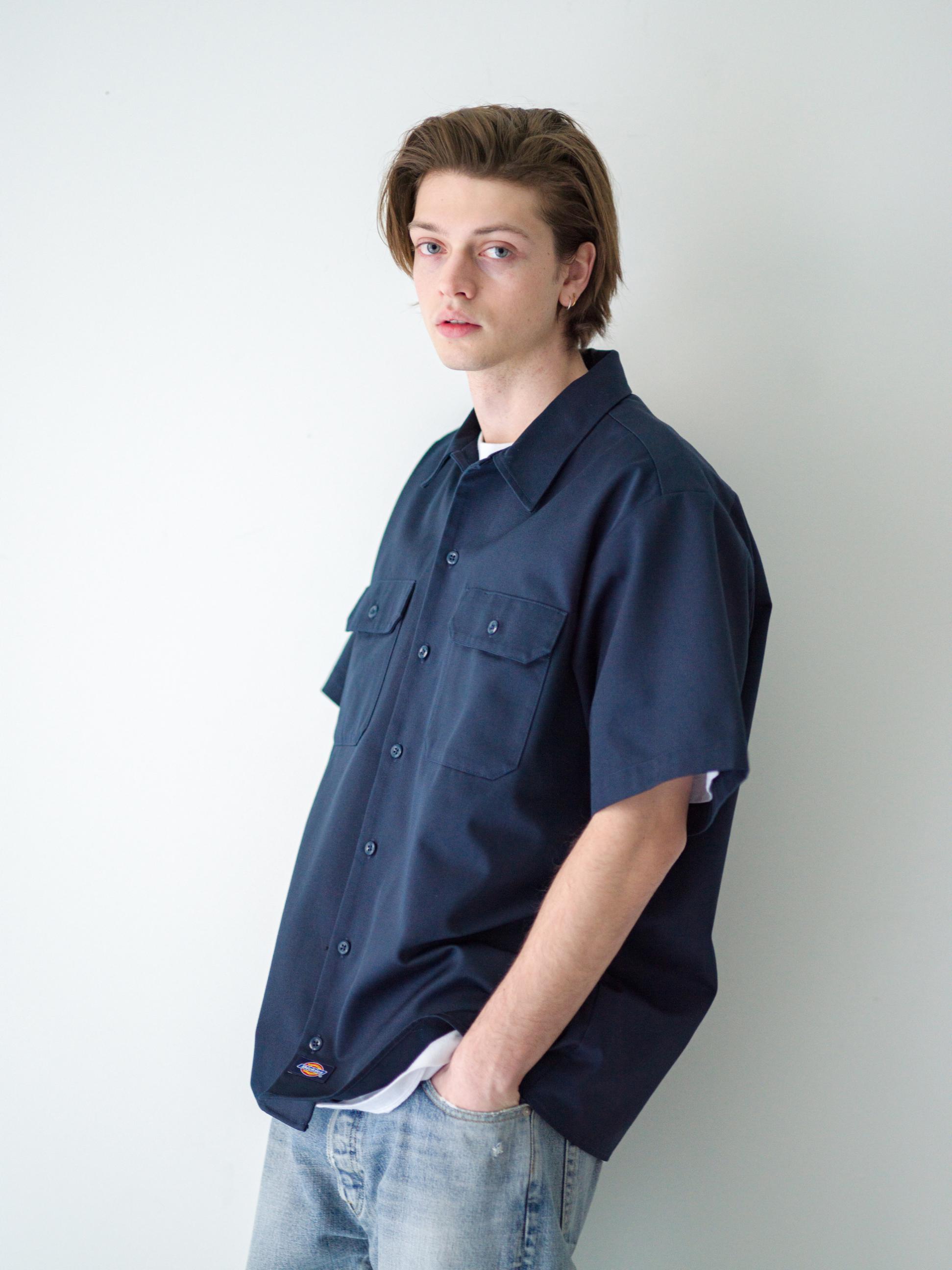 22) Shirts ¥17,600  Inner ¥8,800  Pants ¥44,000