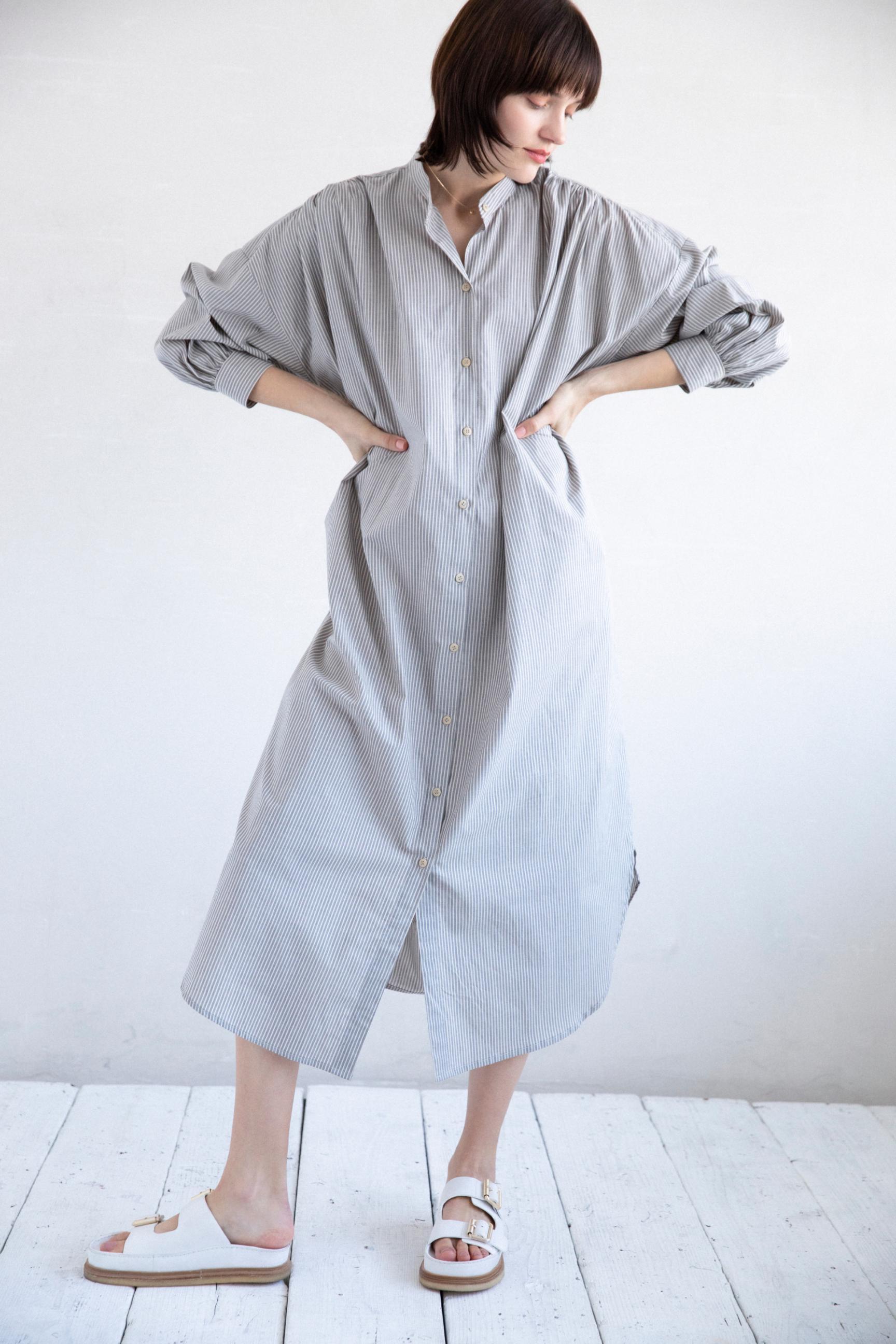 5_1 dress¥38,500 necklace¥25,300 shoes¥20,900