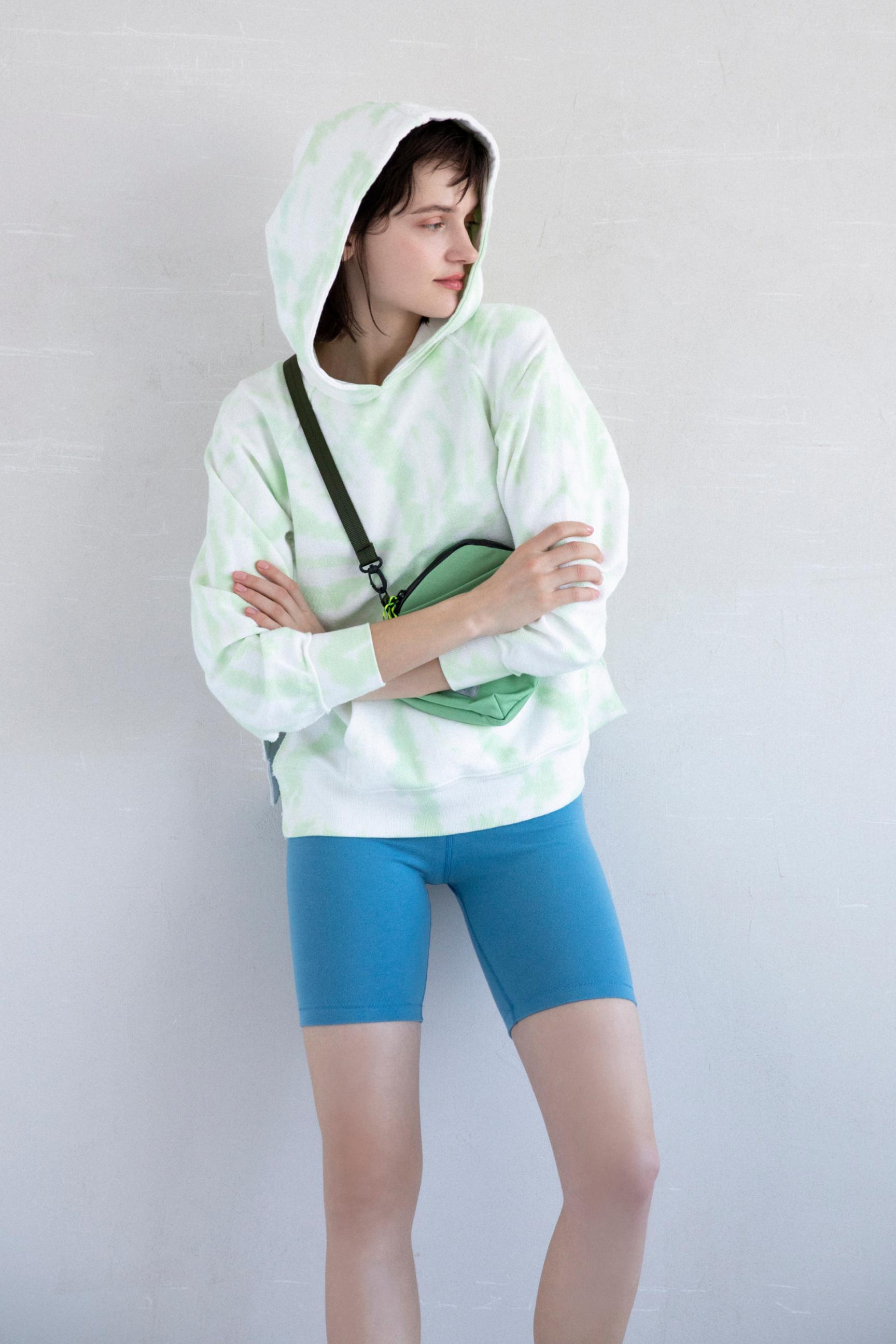 17_2 hoodie¥23,100 pants¥8,800 bag¥9,900