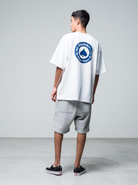 13) Tee ¥14,300  Pants ¥17,600  Shoes ¥8,250