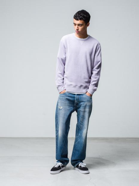 23) Sweat ¥17,600  Inner ¥8,800  Pants ¥45,100  Shoes ¥8,250