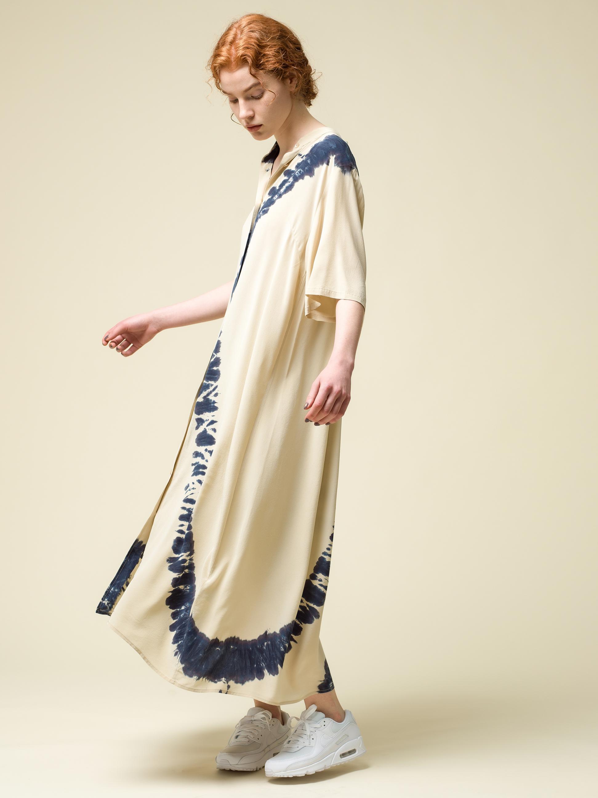 4_2 dress¥56,100 shoes¥13,200
