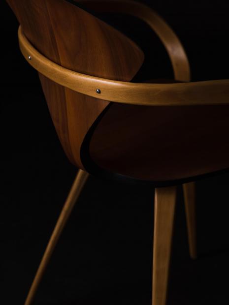 5 chair ¥363,000