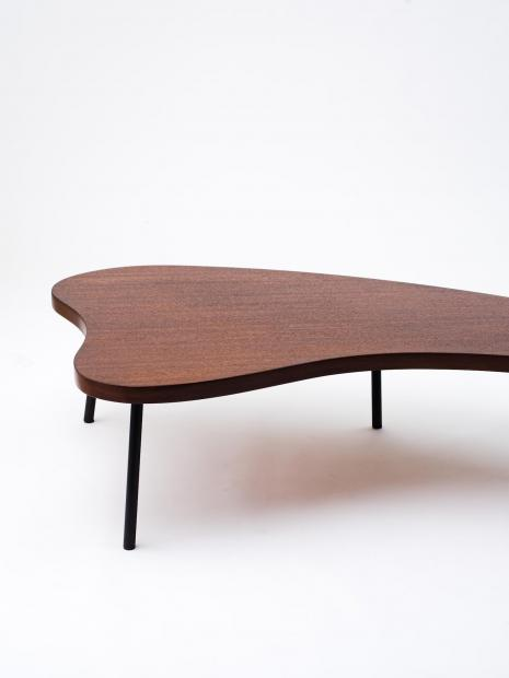 25 table ¥660,000