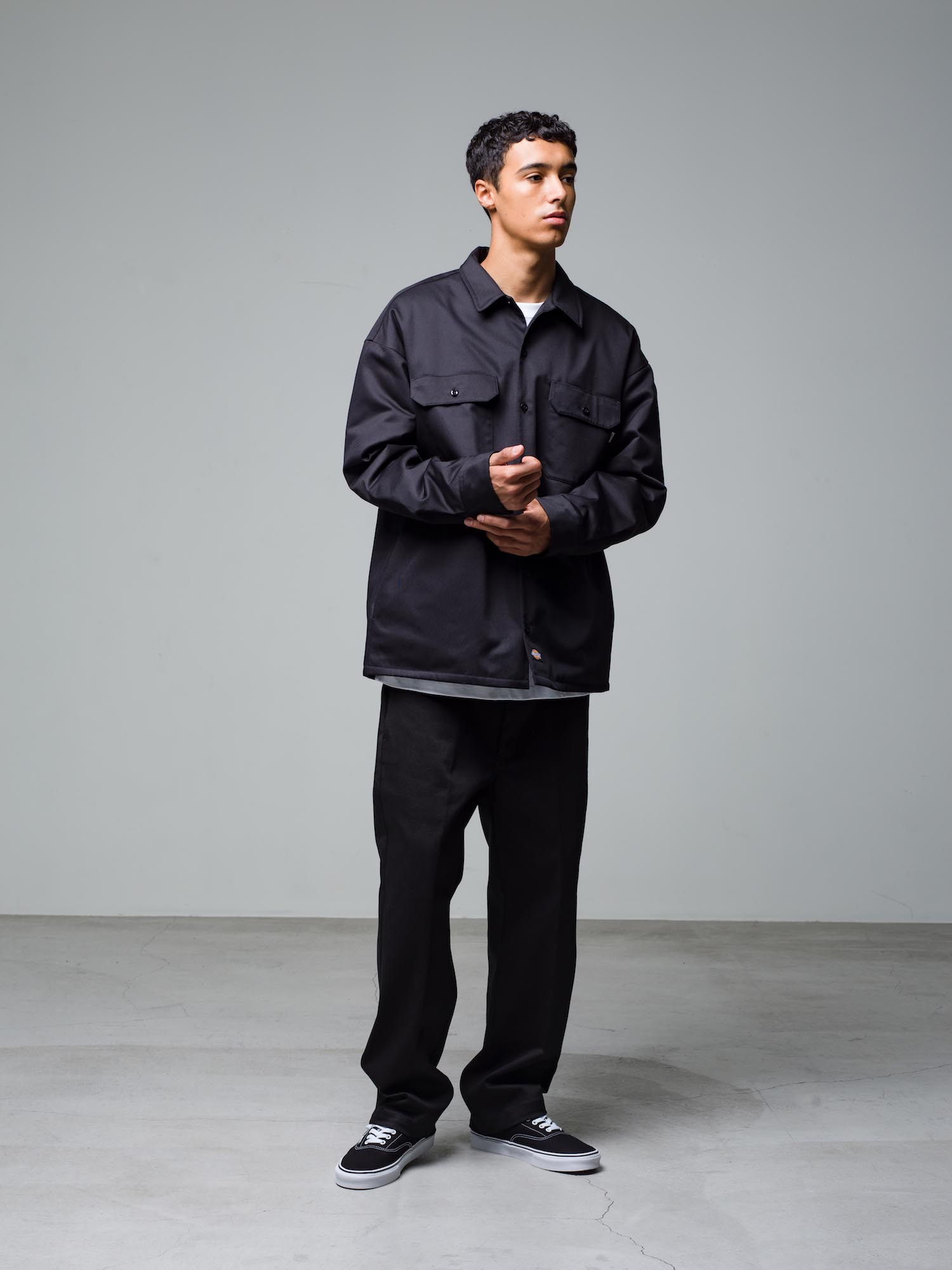 7) Jacket ¥23,100  Inner ¥8,800  Pants ¥22,000  Shoes ¥6,050