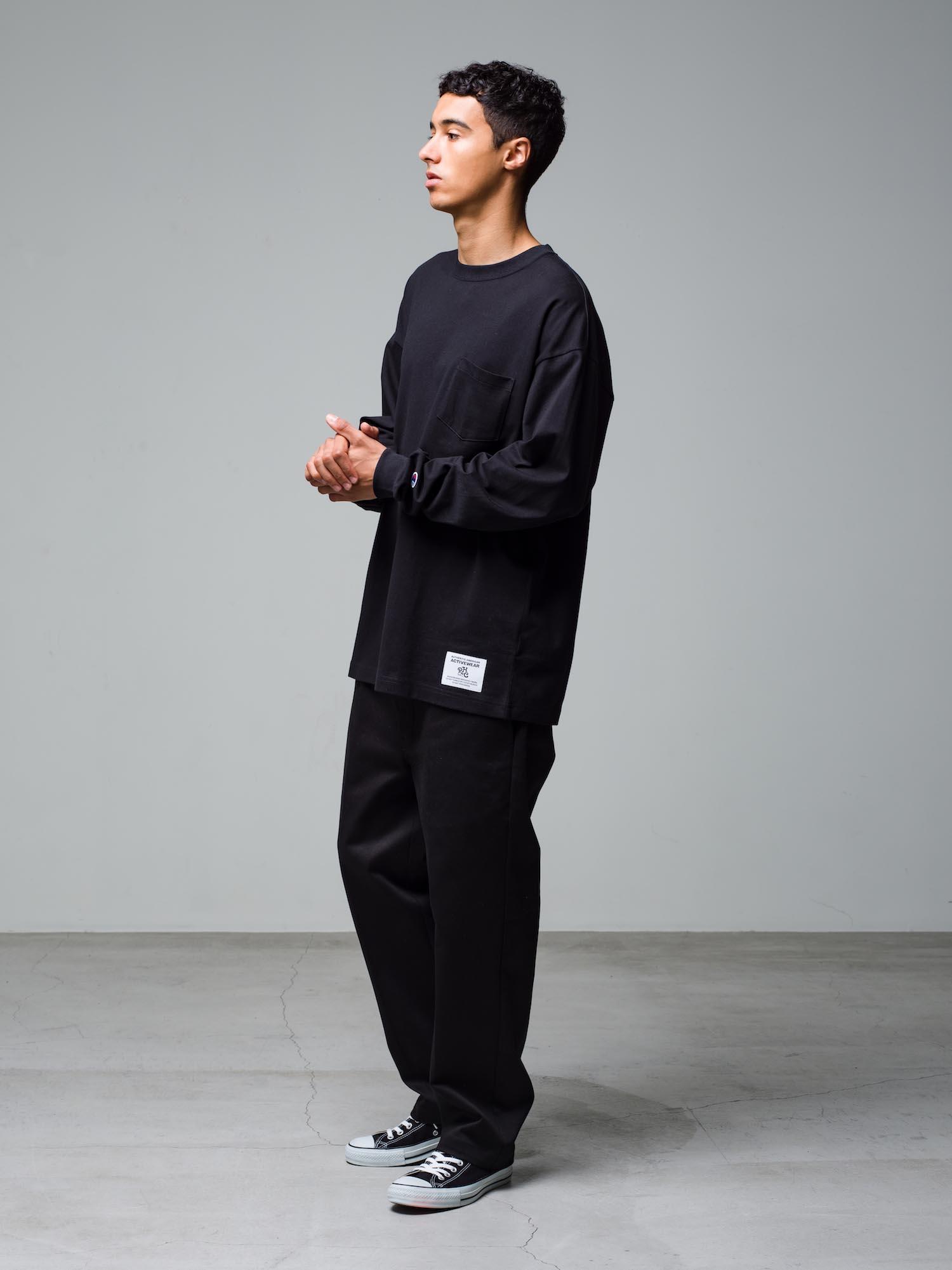 10) L/S Tee ¥12,100  Pants ¥22,000  Shoes ¥6,380