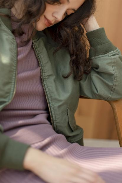 18_1 jacket¥53,900  knit¥25,300  skirt¥25,300