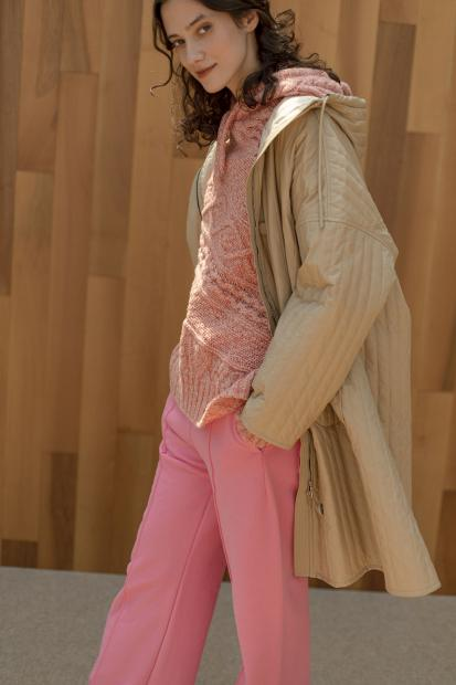 28_1 outer¥176,000  knit¥50,600  pants¥24,200